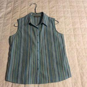 Croft & Barrow sleeveless women's shirt 🐠